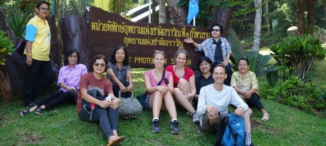 Grotte de Tham Phra That, chutes de Huay Mae Khamin