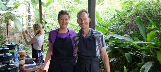 Khmer cuisine cooking class and circus